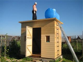 Бак для душа на даче - Построим дом и дачу сами 83