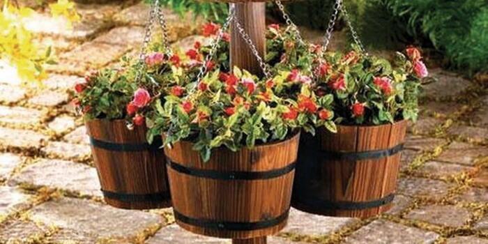Для вашей дачи цветочные контейнеры